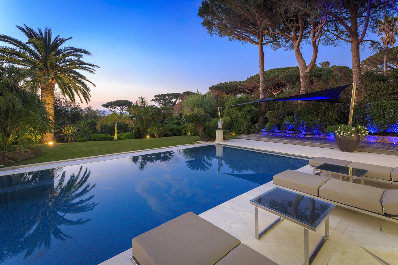 Coucher de soleil villa de luxe St Tropez Thierry Russo-Delattre